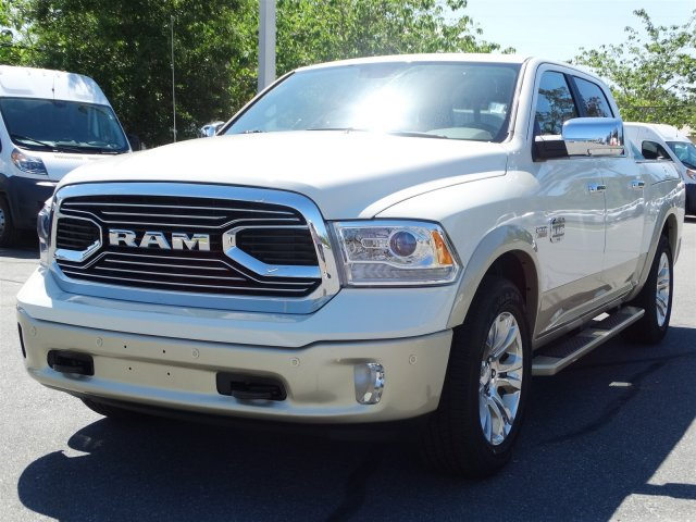 2017 Ram 1500 Crew Cab 4x4, Pickup #170860 - photo 6