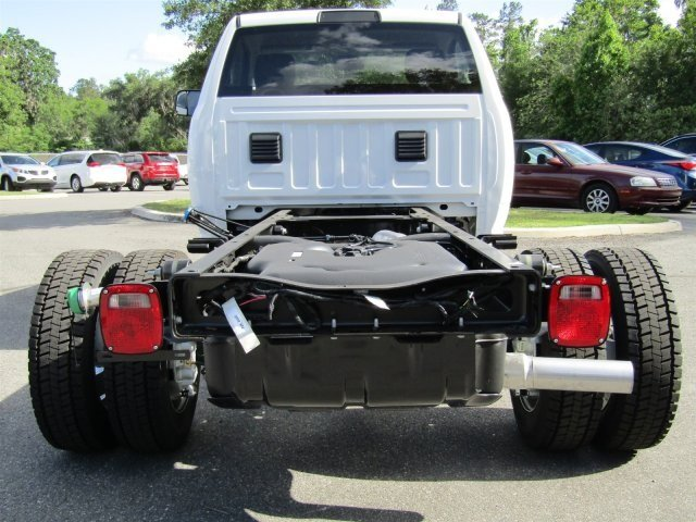2017 Ram 5500 Regular Cab DRW 4x4 Cab Chassis #170900 - photo 5