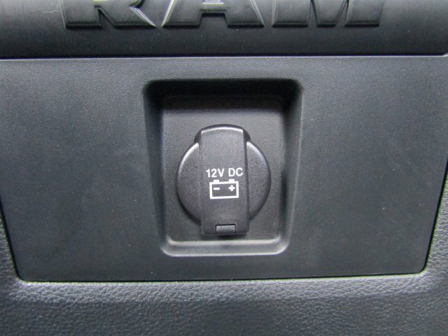 2017 Ram 1500 Crew Cab 4x4, Pickup #170972 - photo 13