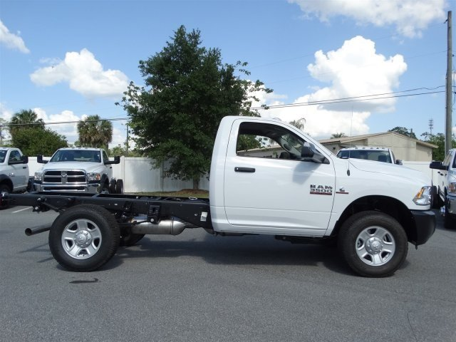 2017 Ram 3500 Regular Cab 4x4 Cab Chassis #171015 - photo 4