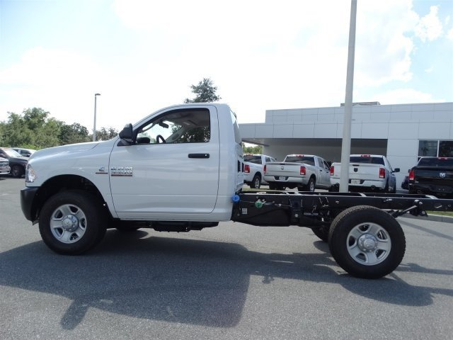 2017 Ram 3500 Regular Cab 4x4 Cab Chassis #171015 - photo 7