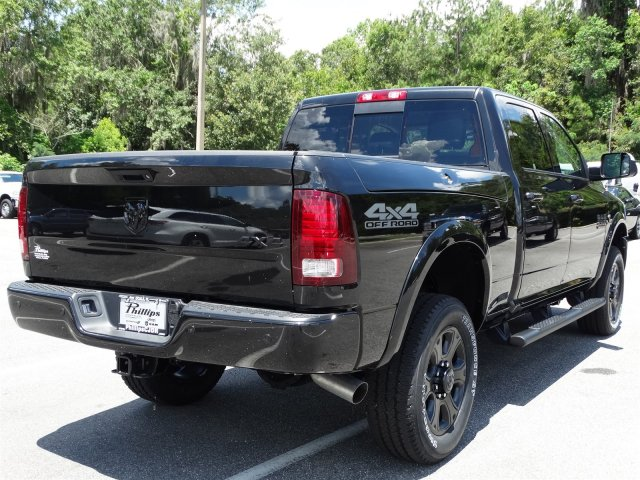 2017 Ram 2500 Crew Cab 4x4, Pickup #171033 - photo 2