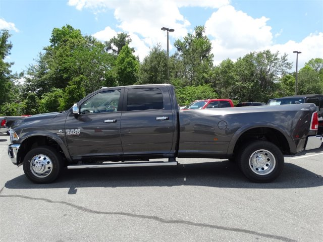 2017 Ram 3500 Crew Cab DRW 4x4, Pickup #171066 - photo 6