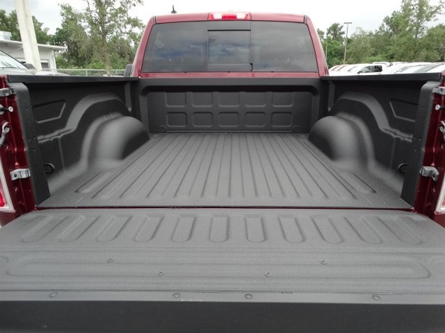 2017 Ram 1500 Crew Cab 4x4, Pickup #171146 - photo 10
