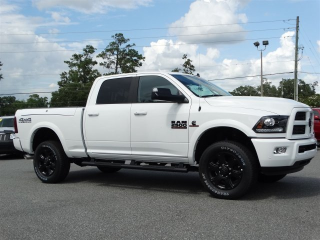 2017 Ram 2500 Crew Cab 4x4, Pickup #171159 - photo 3