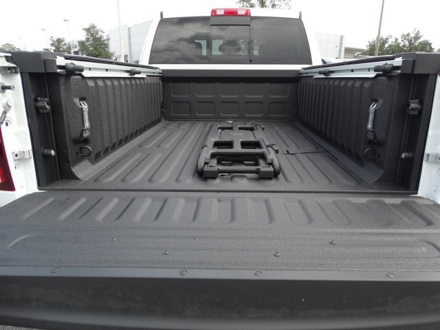 2017 Ram 2500 Crew Cab 4x4, Pickup #171159 - photo 12