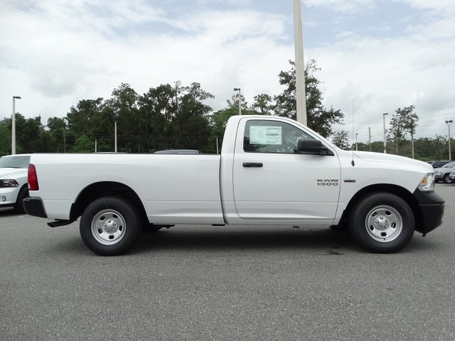 2017 Ram 1500 Regular Cab Pickup #171440 - photo 4