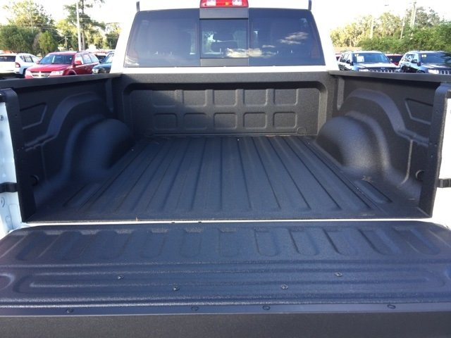 2018 Ram 1500 Crew Cab 4x4, Pickup #180066 - photo 15