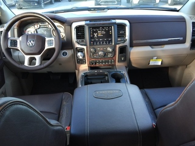 2018 Ram 1500 Crew Cab 4x4, Pickup #180066 - photo 4