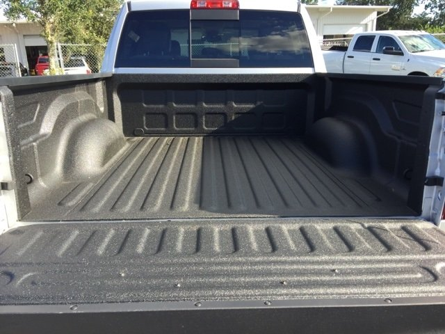 2018 Ram 1500 Crew Cab, Pickup #180071 - photo 15