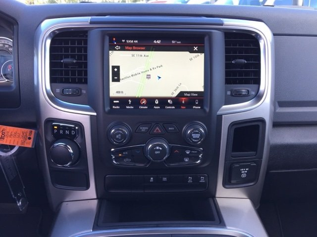 2018 Ram 1500 Crew Cab, Pickup #180071 - photo 17