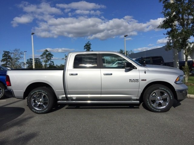 2018 Ram 1500 Crew Cab, Pickup #180071 - photo 8