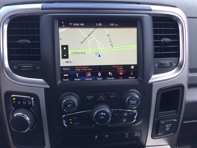 2018 Ram 1500 Crew Cab, Pickup #180090 - photo 25