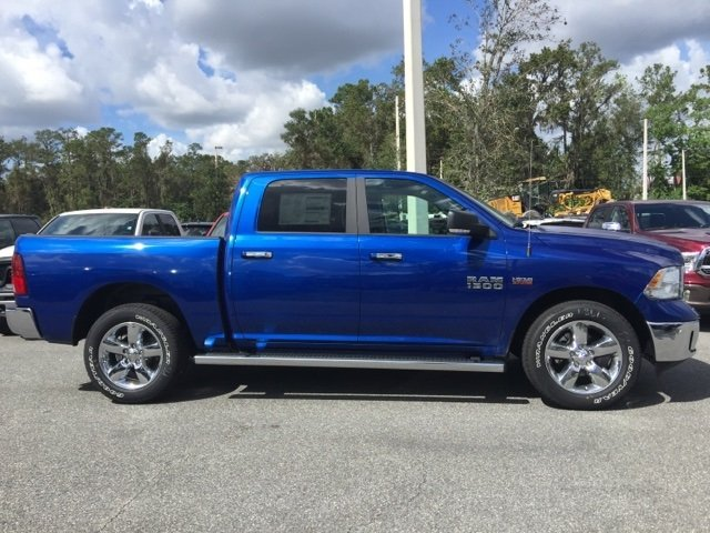 2018 Ram 1500 Crew Cab, Pickup #180092 - photo 8