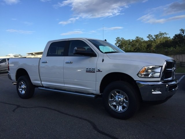 2018 Ram 2500 Crew Cab 4x4 Pickup #180101 - photo 8