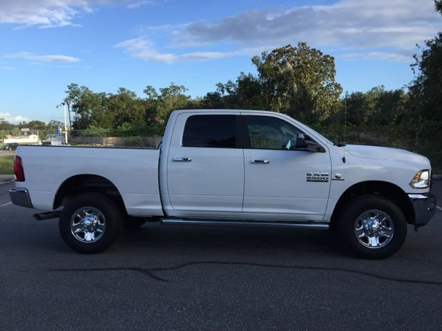 2018 Ram 2500 Crew Cab 4x4 Pickup #180101 - photo 9