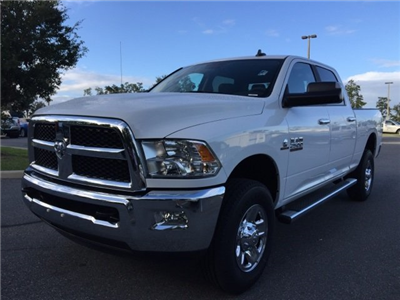 2018 Ram 2500 Crew Cab 4x4 Pickup #180101 - photo 3