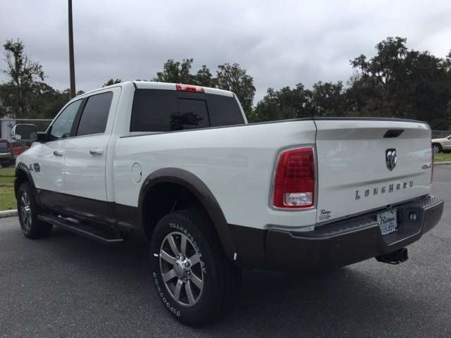 2018 Ram 2500 Crew Cab 4x4, Pickup #180141 - photo 10