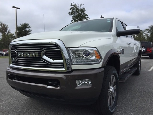 2018 Ram 2500 Crew Cab 4x4, Pickup #180141 - photo 11