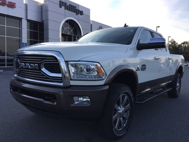 2018 Ram 2500 Crew Cab 4x4 Pickup #180152 - photo 3