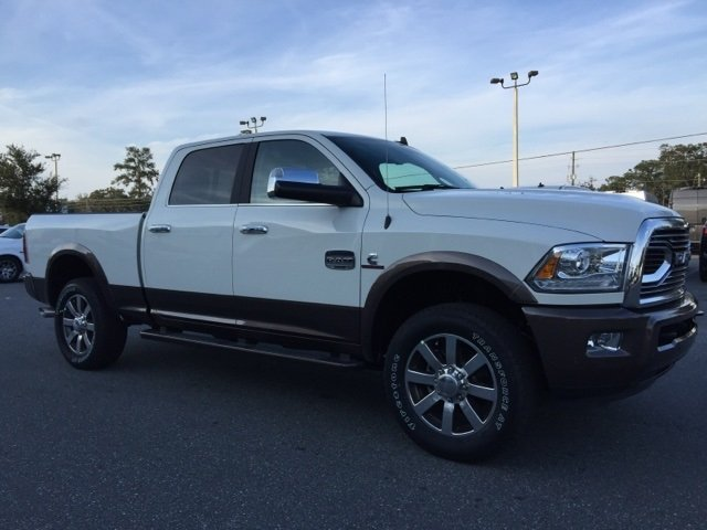 2018 Ram 2500 Crew Cab 4x4 Pickup #180152 - photo 9
