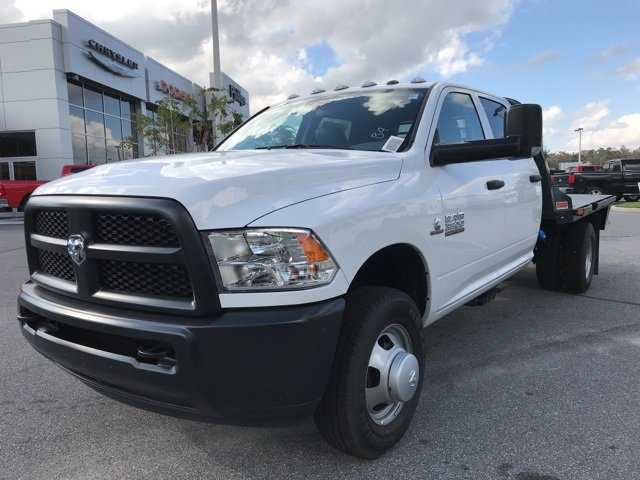 2018 Ram 3500 Crew Cab DRW 4x4 Platform Body #180160 - photo 9