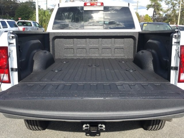 2018 Ram 3500 Crew Cab 4x4,  Pickup #180224 - photo 15