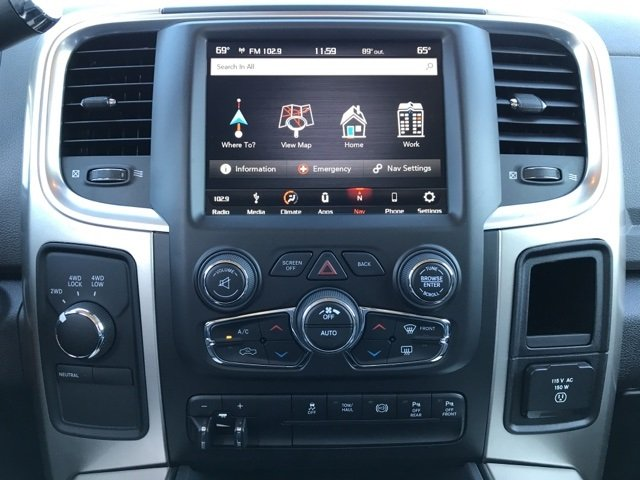 2018 Ram 3500 Crew Cab 4x4,  Pickup #180287 - photo 18