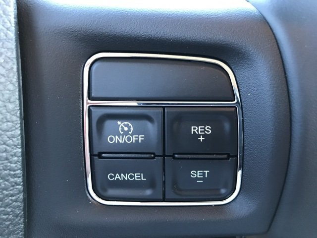 2018 Ram 3500 Crew Cab 4x4,  Pickup #180287 - photo 21