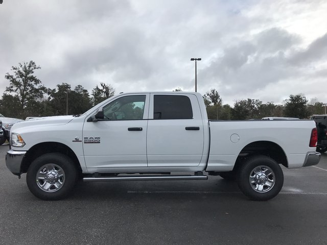 2018 Ram 2500 Crew Cab 4x4, Pickup #180338 - photo 7