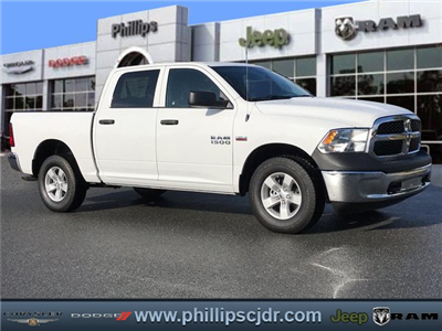 2018 Ram 1500 Crew Cab 4x4, Pickup #180339 - photo 1