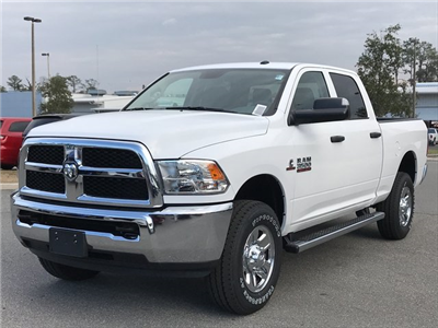 2018 Ram 3500 Crew Cab 4x4, Pickup #180401 - photo 3
