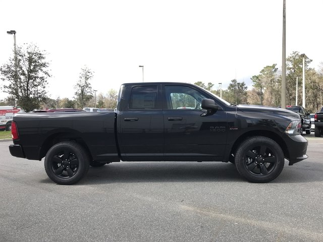 2018 Ram 1500 Quad Cab, Pickup #180575 - photo 5
