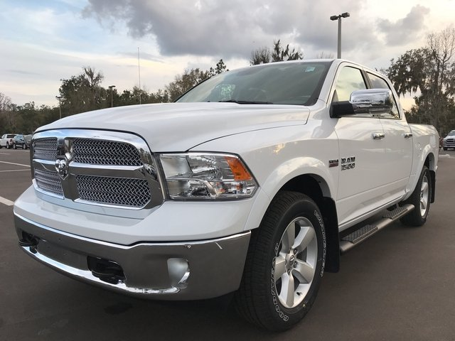 2018 Ram 1500 Crew Cab, Pickup #180610 - photo 7