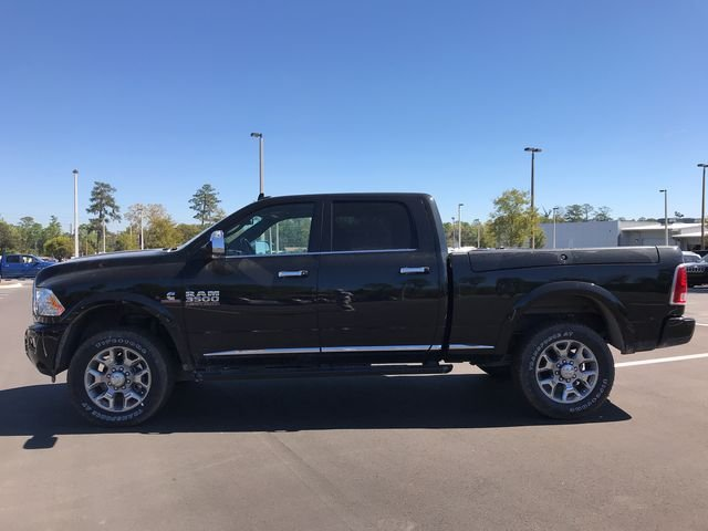 2018 Ram 3500 Crew Cab 4x4, Pickup #180638 - photo 6