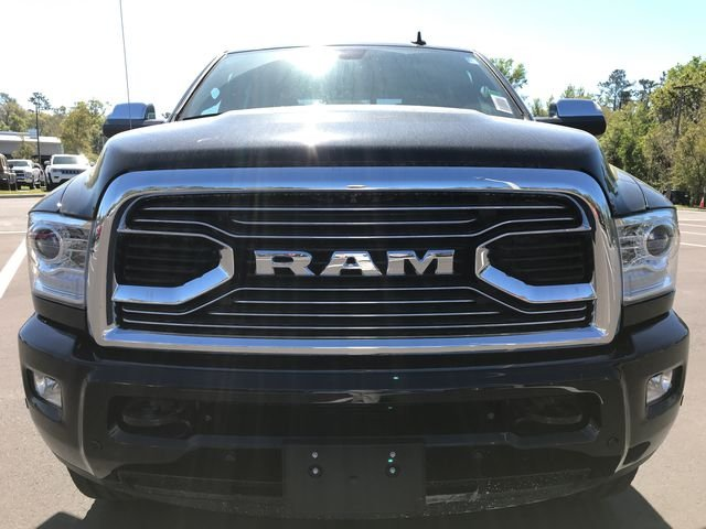 2018 Ram 3500 Crew Cab 4x4,  Pickup #180638 - photo 8