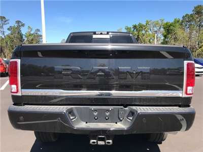 2018 Ram 3500 Crew Cab 4x4, Pickup #180638 - photo 4