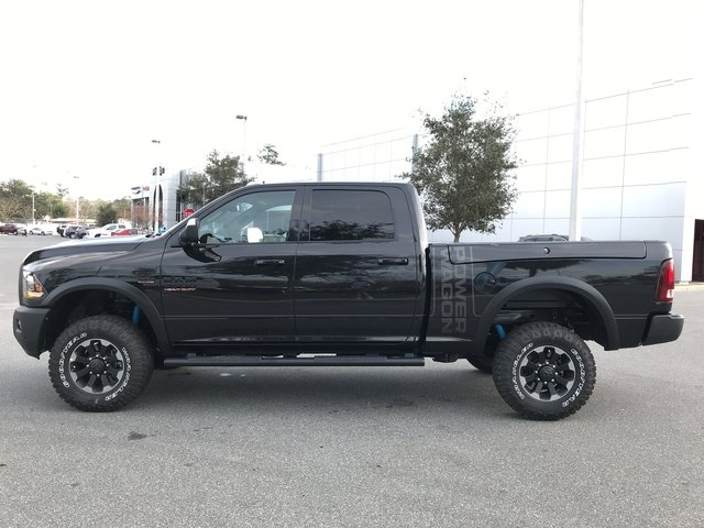 2018 Ram 2500 Crew Cab 4x4, Pickup #180642 - photo 6