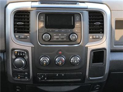 2018 Ram 1500 Crew Cab 4x4, Pickup #180686 - photo 16