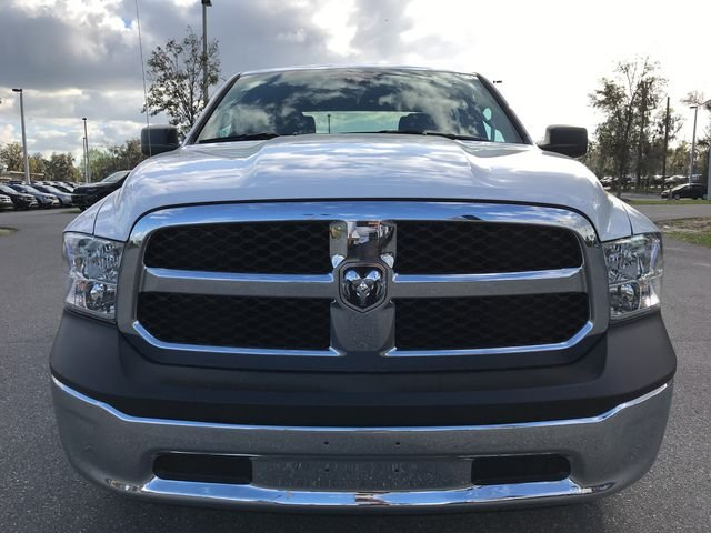 2018 Ram 1500 Crew Cab 4x4, Pickup #180690 - photo 8