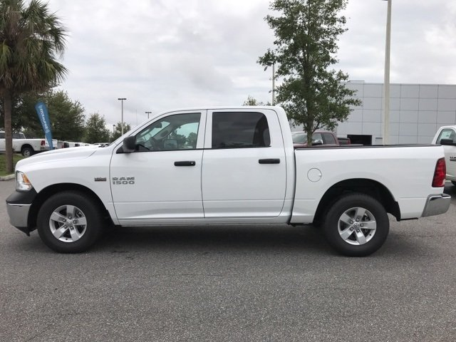 2018 Ram 1500 Crew Cab, Pickup #180908 - photo 10