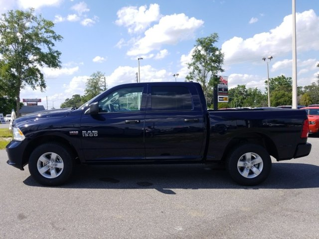 2018 Ram 1500 Crew Cab, Pickup #180981 - photo 9