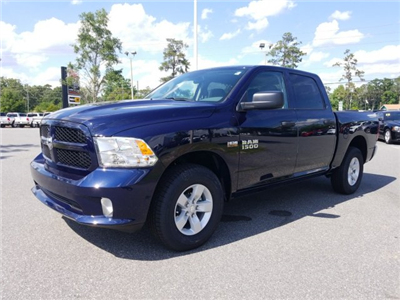 2018 Ram 1500 Crew Cab, Pickup #180981 - photo 3