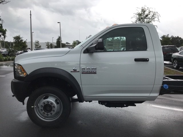 2018 Ram 5500 Regular Cab DRW 4x4,  Cab Chassis #181048 - photo 9