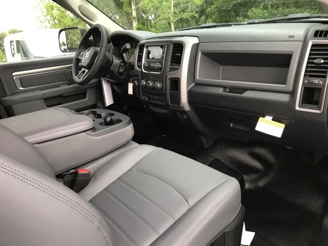 2018 Ram 5500 Regular Cab DRW 4x4, Cab Chassis #181048 - photo 16