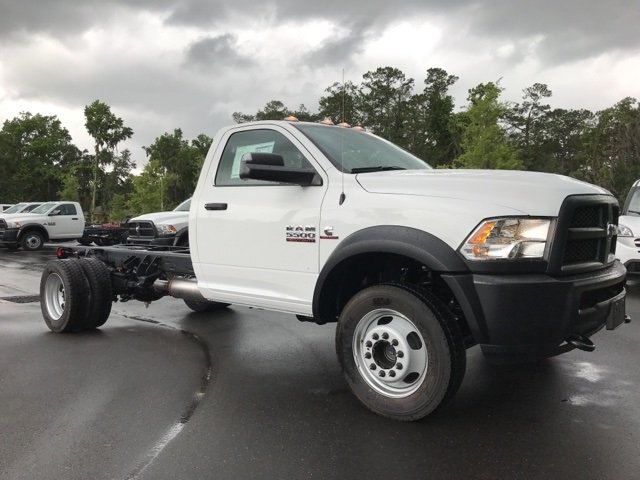 2018 Ram 5500 Regular Cab DRW 4x4, Cab Chassis #181048 - photo 5