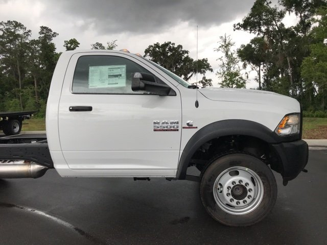 2018 Ram 5500 Regular Cab DRW 4x4, Cab Chassis #181048 - photo 6