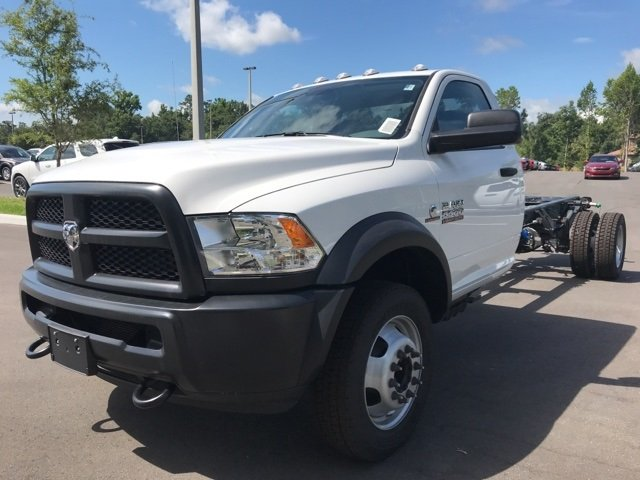 2018 Ram 5500 Regular Cab DRW 4x4,  Cab Chassis #181149 - photo 10
