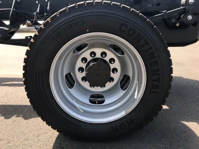 2018 Ram 5500 Regular Cab DRW 4x4,  Cab Chassis #181149 - photo 14