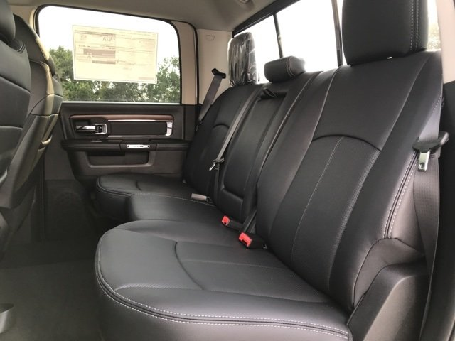 2018 Ram 3500 Crew Cab 4x4,  Pickup #181556 - photo 17